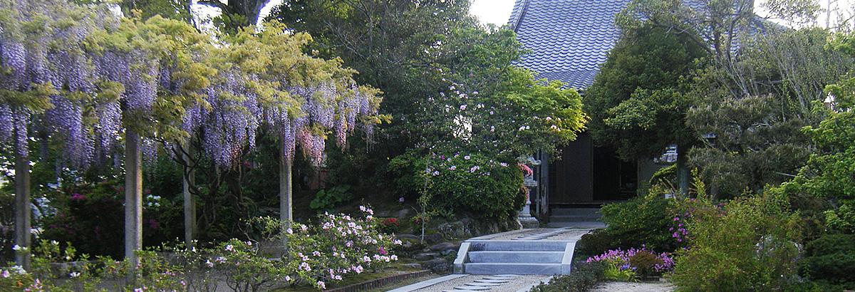 円城寺外観